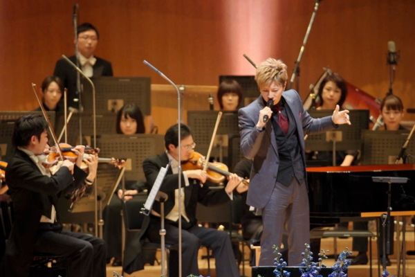 2013-26dic-GACKT-Tokyo-Orchestra01