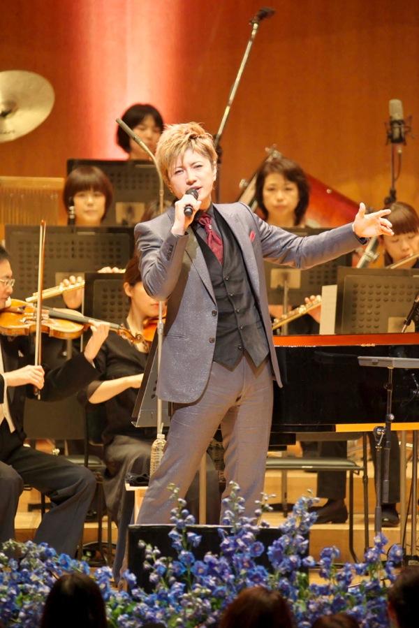 2013-26dic-GACKT-Tokyo-Orchestra02