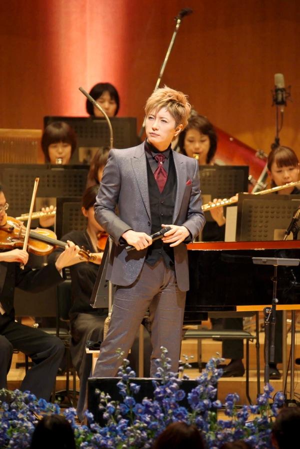 2013-26dic-GACKT-Tokyo-Orchestra03