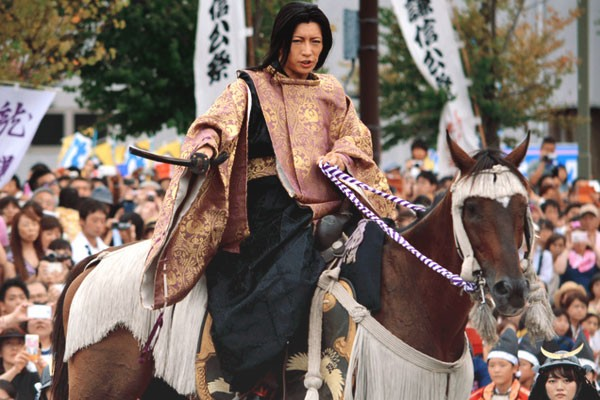 TRANSLATION ASAHI.com: Let's take a last look at the Kenshin GACKT's assault! – August 24th 2015